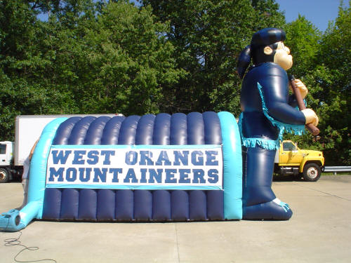 inflatable sports team tunnel